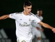 Pedro Ruiz sufre una grave lesión de rodilla. Twitter/LaFabricaRM