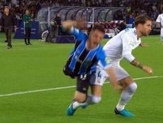 Posible penalti de Sergio Ramos sobre Ramiro. Twitter