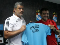Vivas sustituye a Salas. SportingCristal