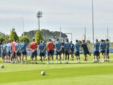 El Sporting se lleva a Canarias a casi los mismos que recibieron al Dépor. SportingDeGijon