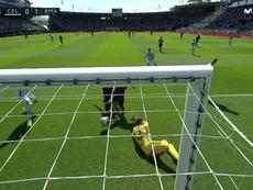 Benzema firma il vantaggio dopo una grande giocata di Bale. Captura/MovistarPlus