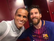 Rivaldió se rindió a Messi. Instagram/rivaldooficial