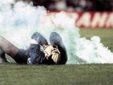 El árbitro del partido no tiene claros los culpables 30 años después.