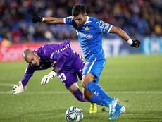 Rubén, lesionado tras un choque con Ángel. EFE