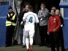 El futbolista sevillano sufrió un 'apretón' en pleno partido. Captura/Movistar+