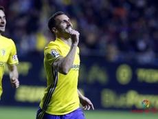 La lesión de Servando ha puesto a trabajar al Cádiz. LaLiga