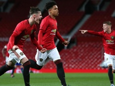Shoretire has signed a professional contract. ManUtd