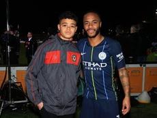 Sterling a encouragé le jeune homme. Instagram/RaheemSterling