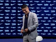 Suárez se despediu do Barcelona. Captura/BarçaTV