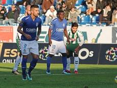 Tiago Silva deve regressar ao 11 do Feirense. Facebook/Feirense