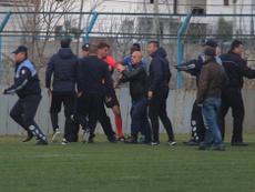 Suspenden la Liga Albana por la huelga de árbitros. Twitter/starplus_tv