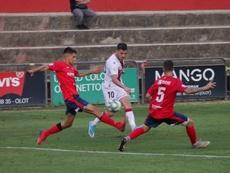 El Huesca no pasó del empate contra el Olot. SDHuesca