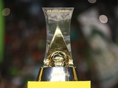 Vai começar o Brasileirão Série B. Twitter @tainandemelo