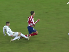 Valverde made a bad challenge on Morata as he was clean through on goal. Captura/Movistar+