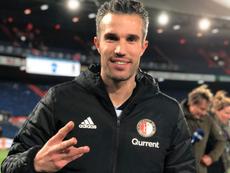 Van Persie celebra seu 'hat trick'. Twitter/Feyenoord