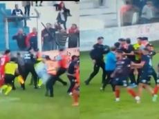 Salvaje agresión a un árbitro en un torneo amateur de Córdoba. Twitter/ESPN
