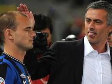 Sneijder alabó a Mou por su forma de trabajar. AFP