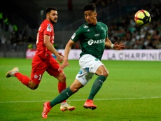 William Saliba podría acabar fichando por el Arsenal. AFP