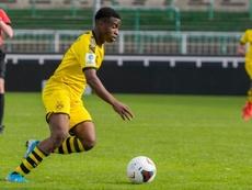 Moukoko marcó tres goles que le colocan con 34 tantos. Borussia