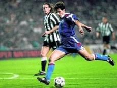 25 years since Ziganda's goal against Newcastle. Twitter/20diferente