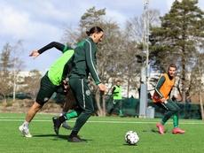 Ibrahimovic marque avec Hammarby en amical. Twitter/Hammarbyfotboll