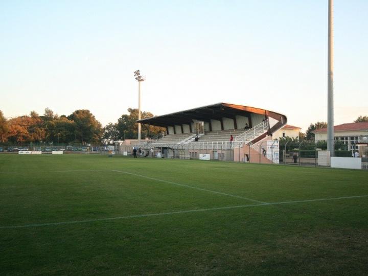 Stade Louis Hon