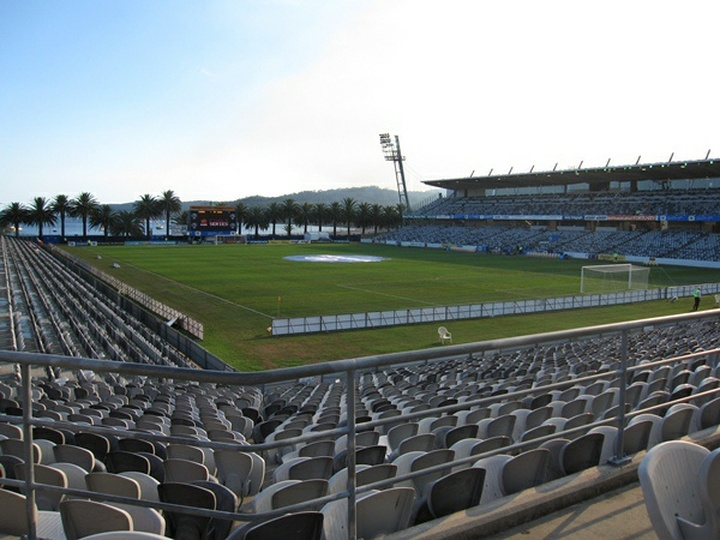 Bluetongue Central Coast Stadium
