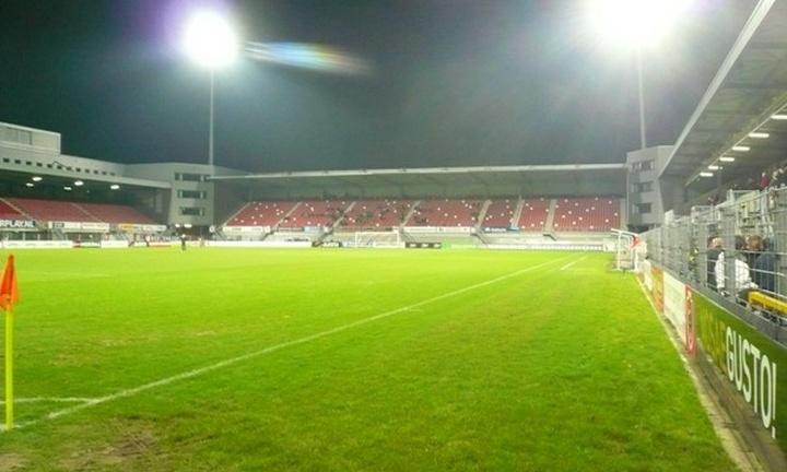 Stadion De Geusselt