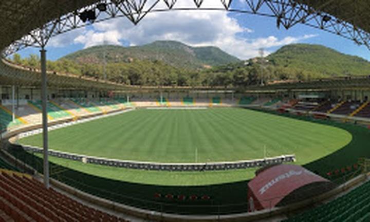 Bahçeşehir Okulları Stadyumu