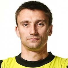 V. Khomutovskiy