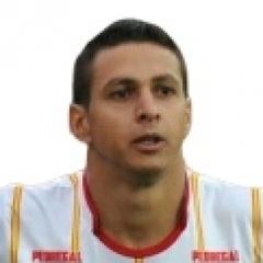 B. López