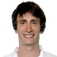 Léo Aro