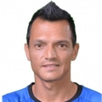 E. Hernández