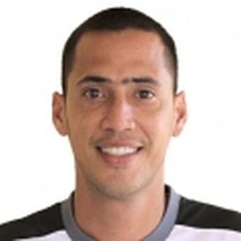 B. García