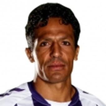 B. Alves