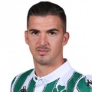 Carlitos López