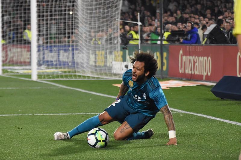 Pin Si Marcelo no llega para París Zidane deberá tirar de inventiva. Be SoccerWhatsappTwitterFacebookComentarios 0