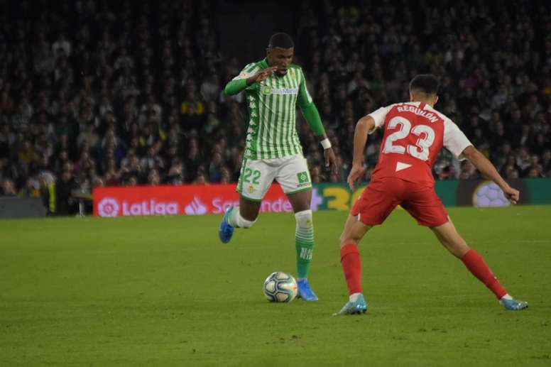 Emerson catches Barcelona's eye. BeSoccer