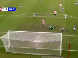 Puro fútbol inglés. Captura/WokingTV