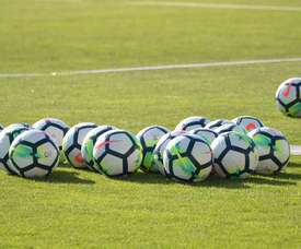 El fútbol parará un minuto para pedir que acabe la violencia contra los árbitros. BeSoccer