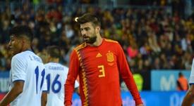 Piqué portó el brazalete español durante unos segundos ante Rusia. BeSoccer