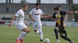 Abel Molinero llega al Fuenlabrada procedente del Lugo, en el que jugó la pasada temporada . CDLugo