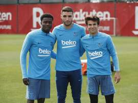 Las Palmas have denied contacting Riqui Puig (R). Twitter/FCBarcelona_es