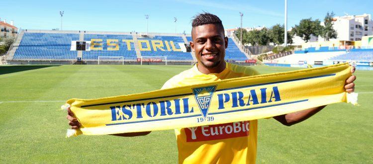 O brasileiro chega à Amoreira vindo do Real Madrid B. estorilpraia