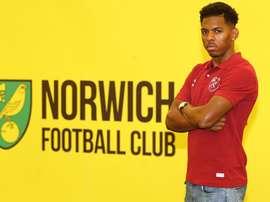 El Norwich City se hace con los servicios de Abrahams. NorwichCityFC