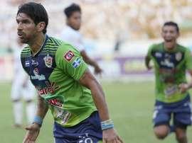 El delantero uruguayo tiene claro los clubes en los que no jugará. AFP