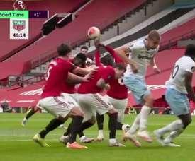 A defesaça de Pogba que valeu o gol do West Ham. Captura/DAZN