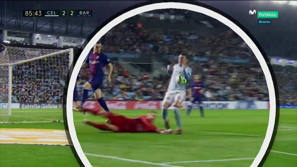 Barcelona sobrevivió ante el acoso del Celta