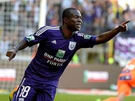 El Newcastle está dispuesto a pagar 7 millones de euros por Acheampong. Twitter