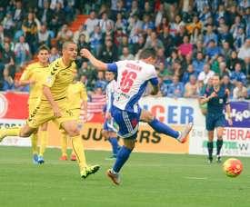 Acorán falló el penalti ante Osasuna que pudo dar los tres puntos ante la Ponferradina. Archivo/EFE